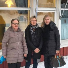 Maria Rönnqvist, Swea Milano och Inger Olofsson, Tapanis Buss